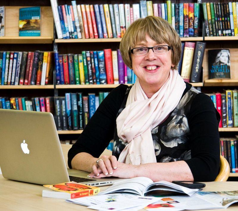 Nicola-the-Librarian